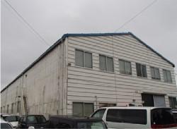 老朽化した倉庫や工場
